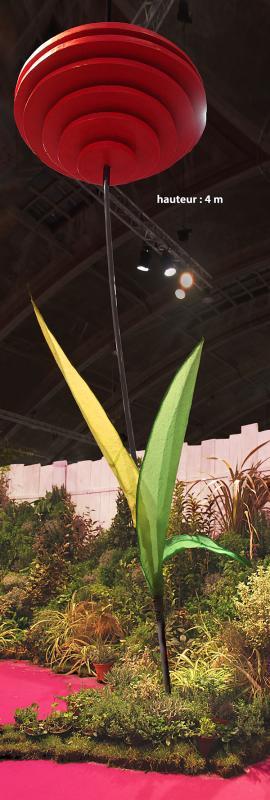 Fleur sculpture géante