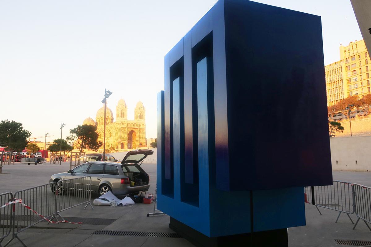 Logo 3D géant pour la Villa Méditerranée de Marseille